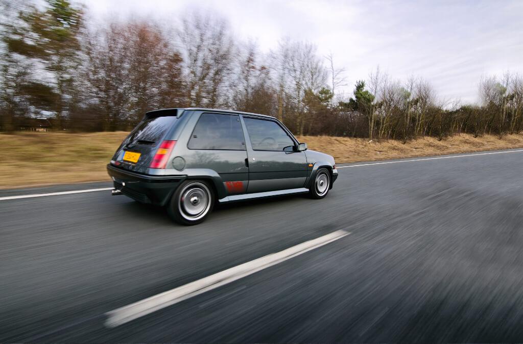 Travelling Car